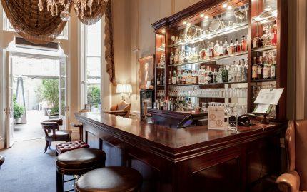 157 Macmillan Bar (small)